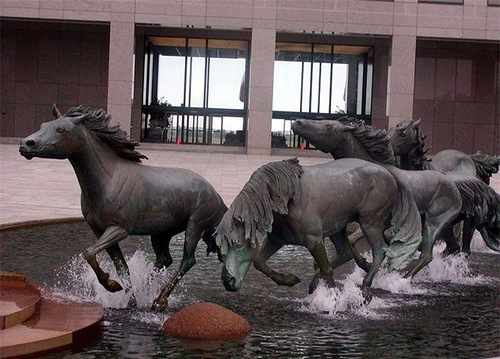 Running Mustangs, sculpture of Las Colinas in Irving, Texas