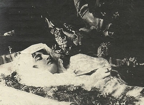 The body of Vera Kholodnaya in the coffin. Shot from the movie-chronicle 'Funeral of Vera Kholodnaya'