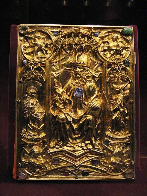 Vienna Coronation Gospels, used in Imperial coronations, was replaced in 1500