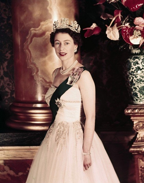 The young queen Elizabeth