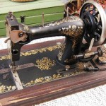 Argentina. Former operated sewing machine manual