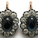 """Earrings with sapphires and diamonds, gold and silver. Sapphires have been brought from India and have a characteristic violet hue. Zykina was very fond of this ornament, called them """"my earrings."""""""