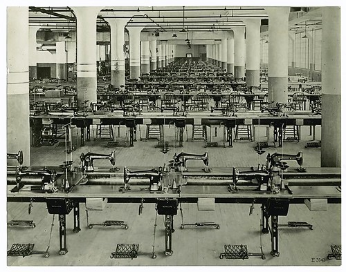 Sewing factory with Singer machines