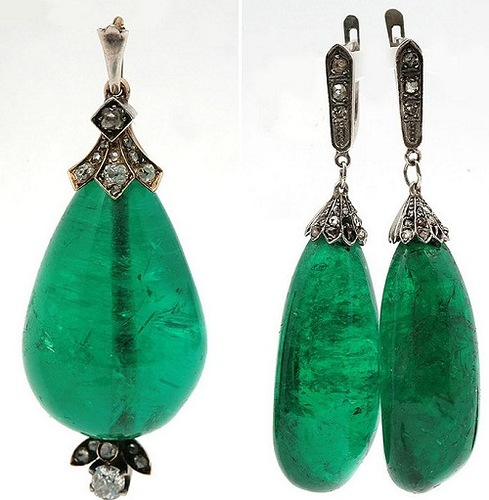 """Pendant and earrings with natural emeralds, diamonds and diamond-cut """"rose"""""""