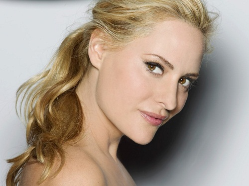"One of the ""Greatest Women of the 20th Century"" Aimee Mullins"