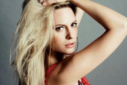 Beautiful Aimee Mullins