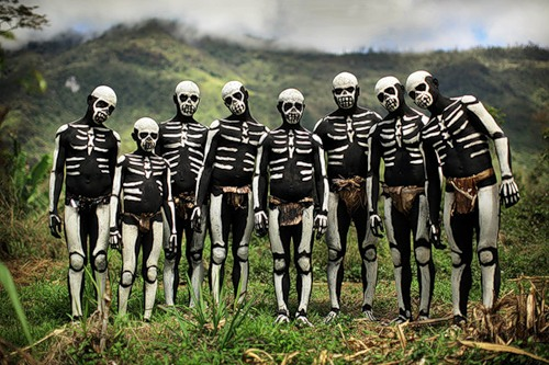 Painted in skeletons African tribal people
