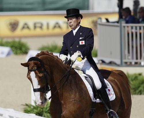 Japanese rider Hiroshi Hoketsu