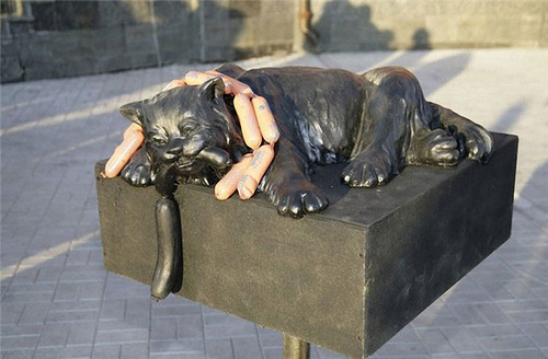 Cats monuments.