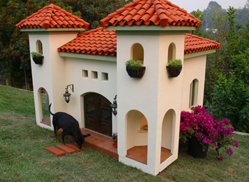 Mexican hacienda cost to the owner, – the actress Rachel Hunter – 30 thousand dollars. It is large enough to ensure that through its doors could get a human.