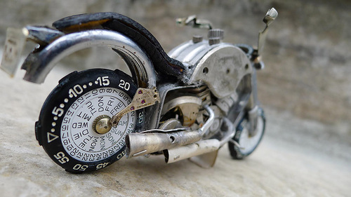 Amazing miniature motorcycle from vintage watch parts, made by Dan Tanenbaum, Canada