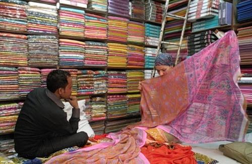Choosing a shawl