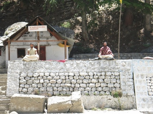 Next to Amarnath Cave