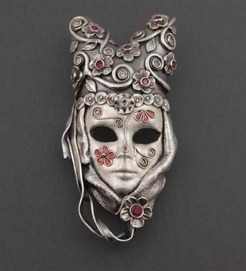 Joy Funnell's handmade jewellery