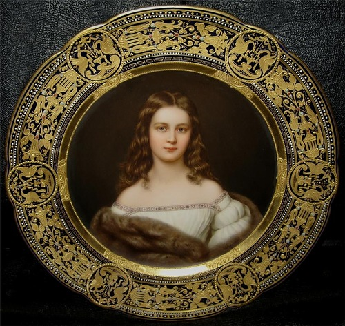 Portraits on porcelain plates