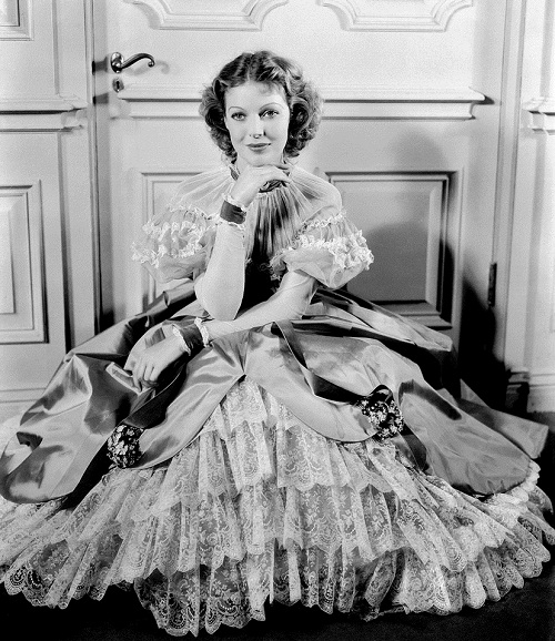 1934 – American actress Loretta Young in period costume for her role 'Caravan'
