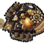 Autumn brooch