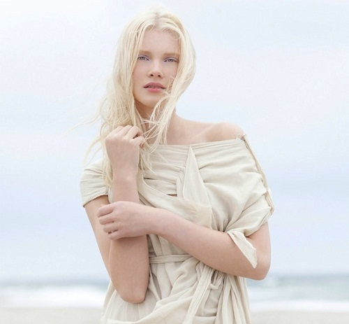 2012 photo of Russian model Daria Zhemkova