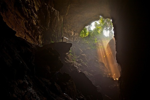 Rays of light. Entrance to the Tham Pha Mon cave, Pang Mapha, Thailand