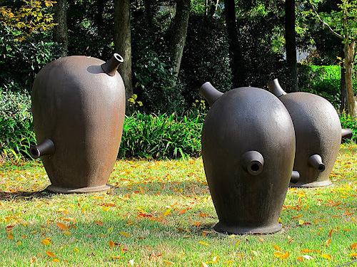 Abstruct sculpture in Hakone Open-Air Museum