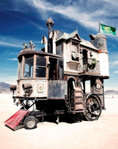 Victorian house on wheels - Neverwas Haul Steampunk House on Wheels