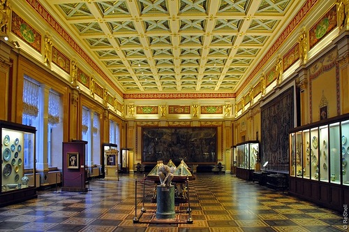 Beautiful Majolica hall
