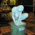 Crouching Boy (1520-1530) Michelangelo, the only real work of genius sculptor in Russia