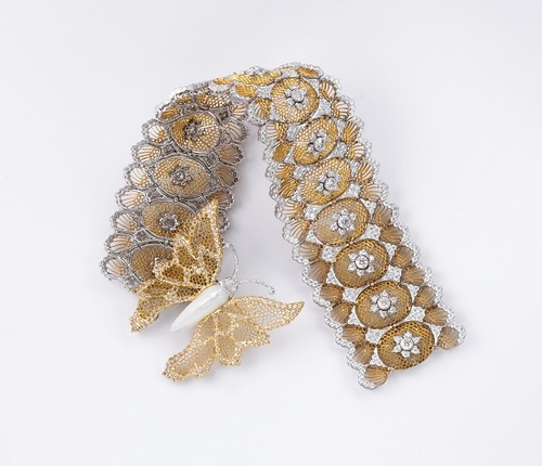 Exclusive and timeless lace jewelry by Bucellati