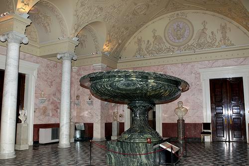 Kolyvan vase in the New Hermitage