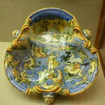 Stunning decorative plate, majolica