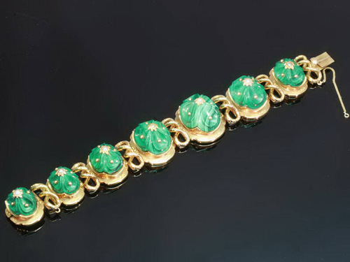 Top quality antique gold Russian articulated bracelet with seven high domed malachite
