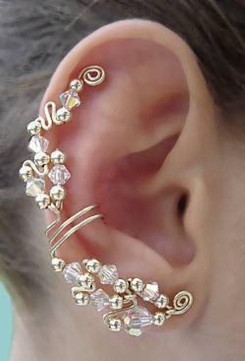 Closeup Earcuff earrings