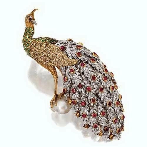 Gorgeous peacock. Timeless jewelry art by Gianmaria Buccellati