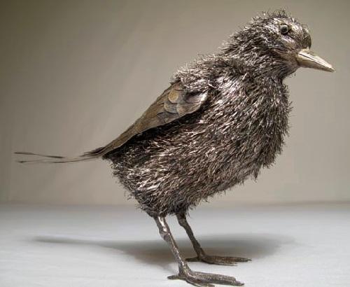 Realistic silver sculpture of a bird. Gianmaria Buccellati