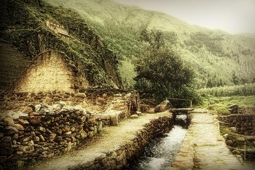 A Stream Runs Through It in Peru. Canadian photographer Stuart Deacon