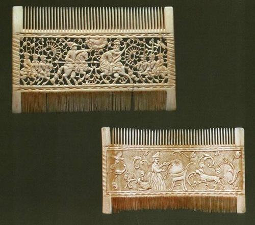 Artful hair combs