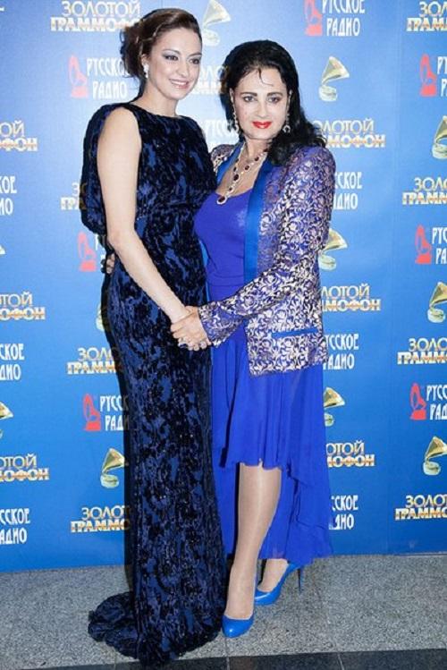 Evgeniya Kanaeva and Irina Viner