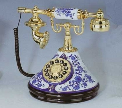 Retro telephone – Gzhel