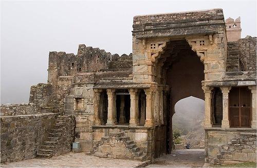 One of the gates of Kumbhalgarh