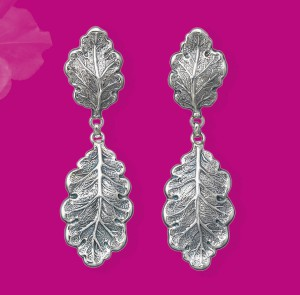 Oak Earrings, from the Buccellati Blossoms Collection