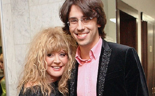 """Pugacheva admitted that they started dating in 2001, the tenth anniversary of their relationship NTV produced such films as """"Alla + max. Confessions of Love """"and"""" Alla and Maxim."""