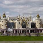Resembling a castle, Puppet Theatre Ekiyat in Kazan