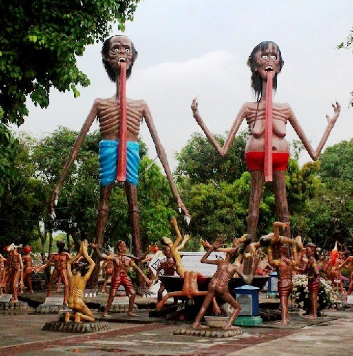 The central area of Wang Saen Suk, featuring the Pretas and tortured souls, June 2013