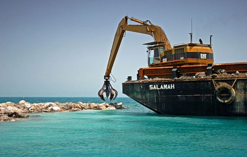 Work on the construction of artificial islands