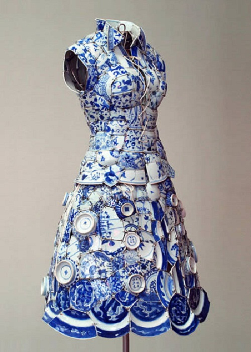 dress made out of porcelain by stylist Li Xiaofeng