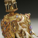Gold jewellery alloy and rhinestones porcelain elephant
