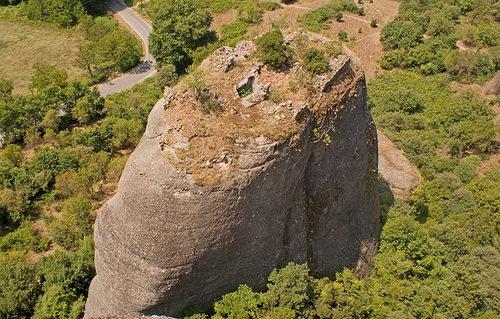ruins of monac settlement