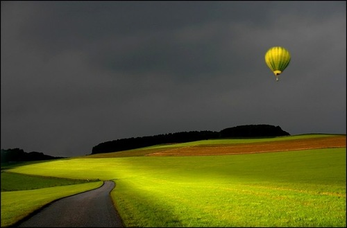 Hot-air balloon. Photo by Veronika Pinke