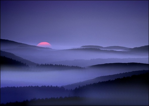 Purple sunset. Photo by Veronika Pinke