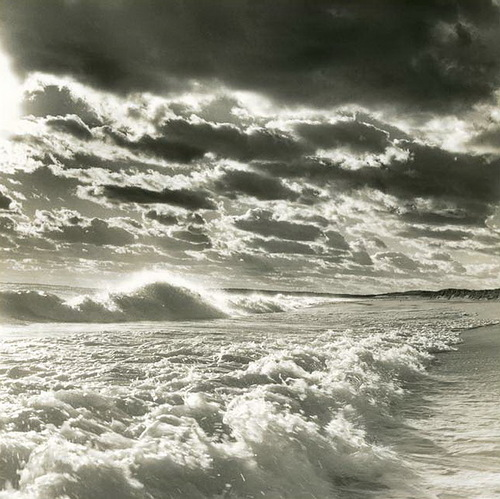 Waves. Black & white photo by Canadian photographer Michael Kahn